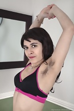 WeAreHairy Free Lilly Scabette Thumbnail #2