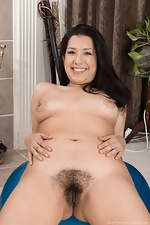 WeAreHairy Free Stacie Rose