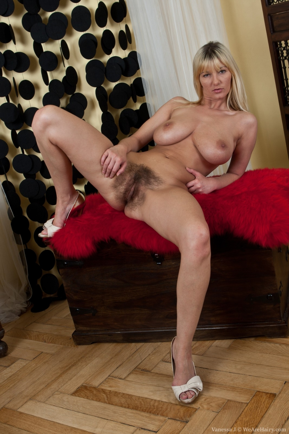 Miss alis and miss moni ica - 2 part 5